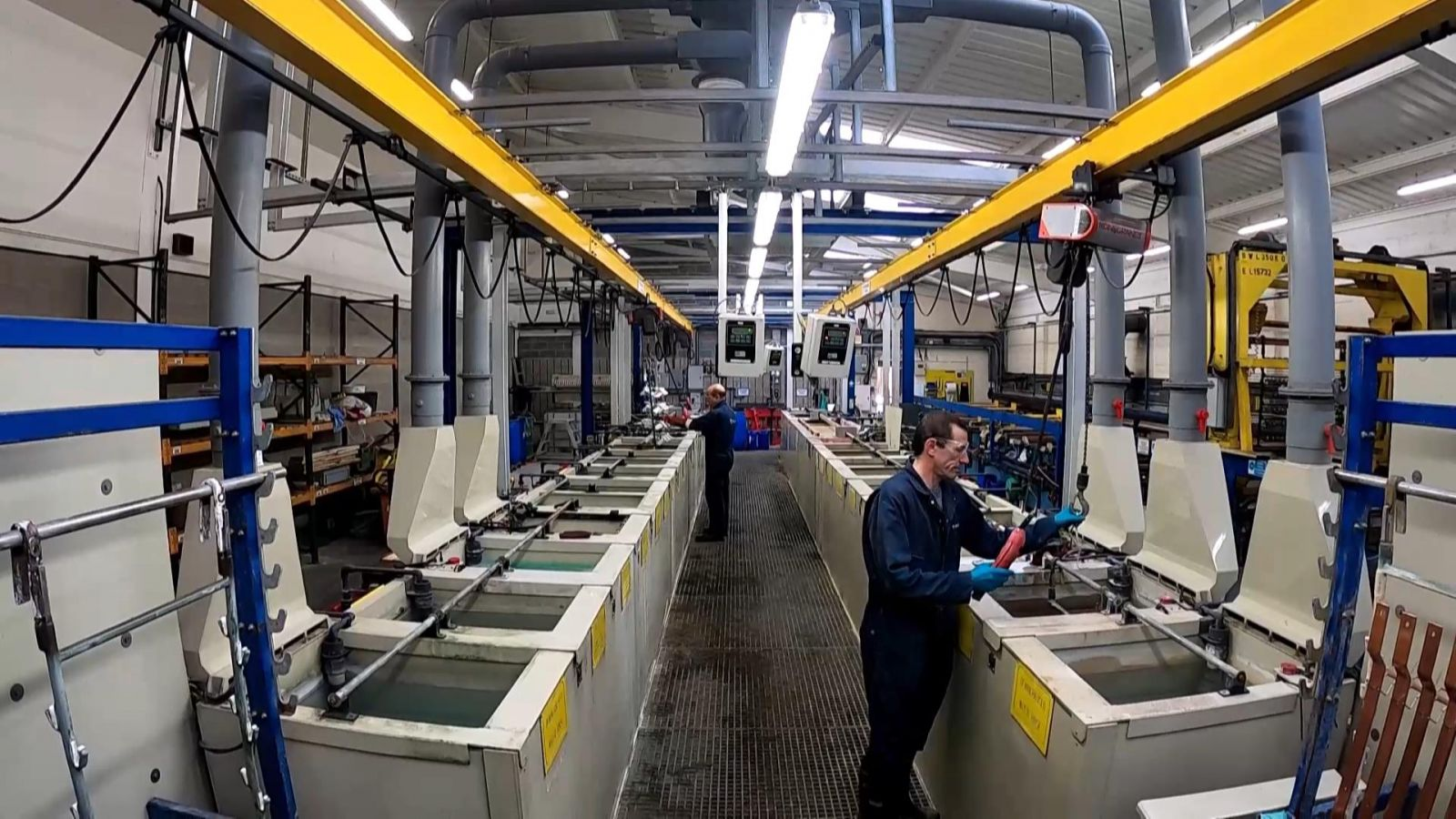 Specialists in sub-con electroplating. Experienced in-house electroplating services. HV Wooding has been Electroplating for many years.